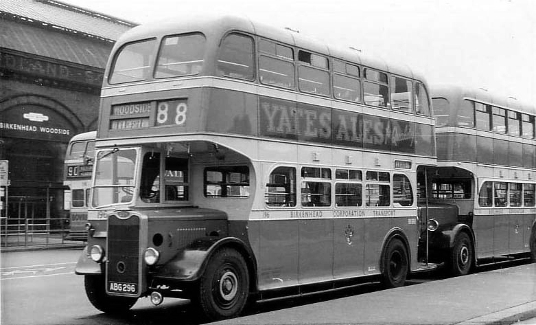 Birkenhead bus at Woodside bus station